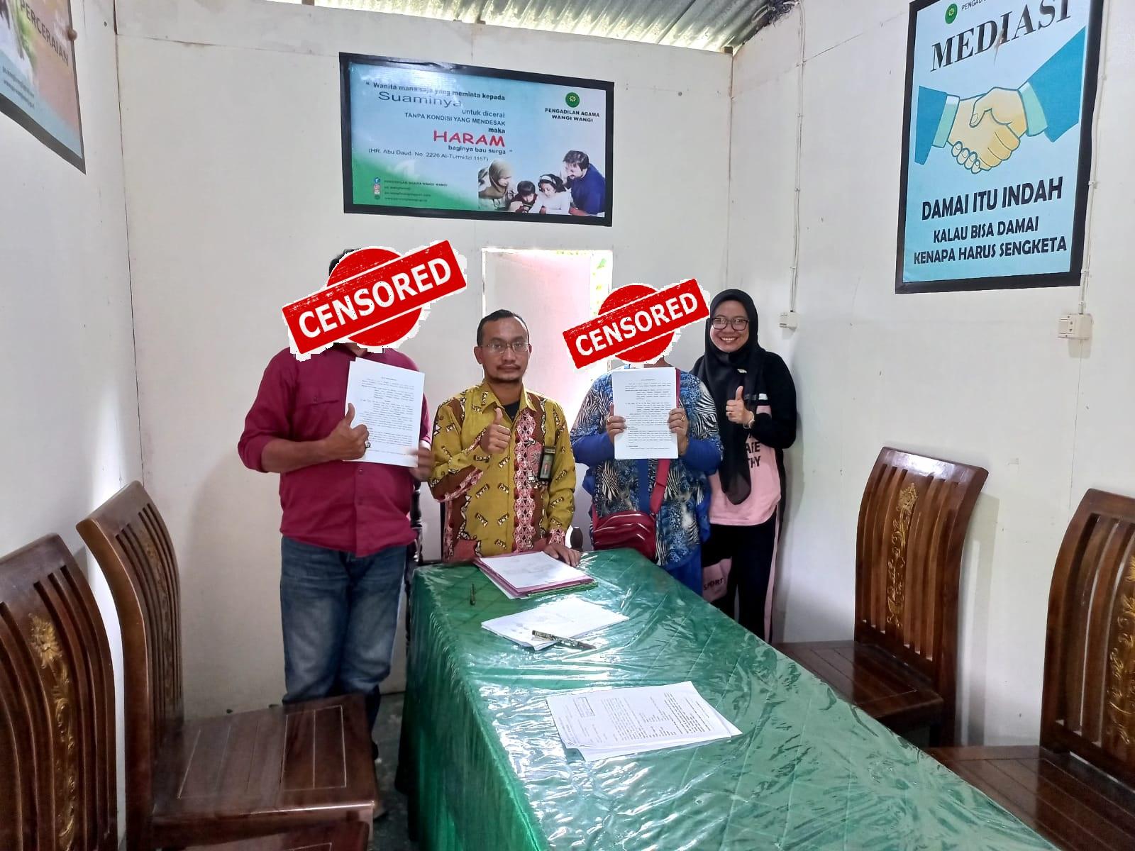 Hakim Mediator Pengadilan Agama Wangi Wangi Berhasil Mendamaikan Perkara Harta Bersama   (24/9)